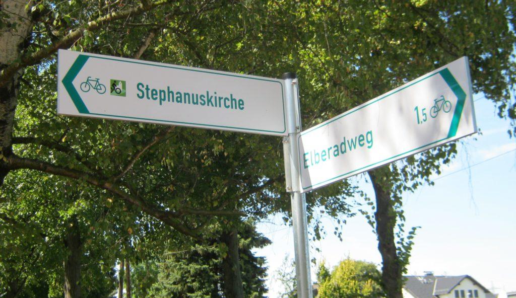 Hinweisschild am Elberadweg (Foto: Johannes Schröder)